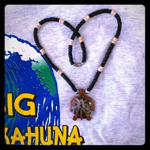 Other - NWOT Wood carved turtle necklace 🌴